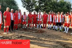 Dostluk maçı Yenierenköy'de oynandı.